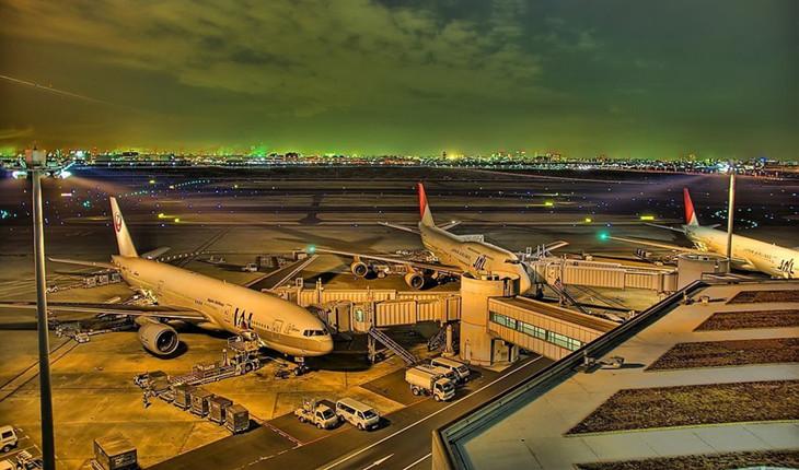 北京首都机场夜间夜景
